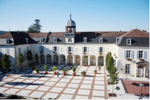 Gîte touristique du Couvent : Hotel near Aube
