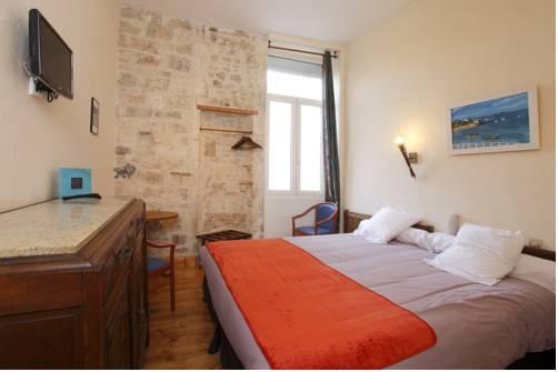 Hotel de La Paix : Hotel near La Rochelle
