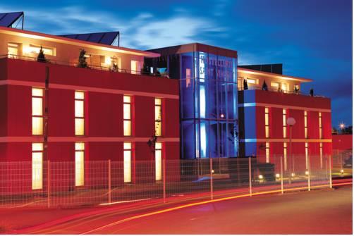Hostellerie Saint Vincent Beauvais Aéroport : Hotel near Beauvais