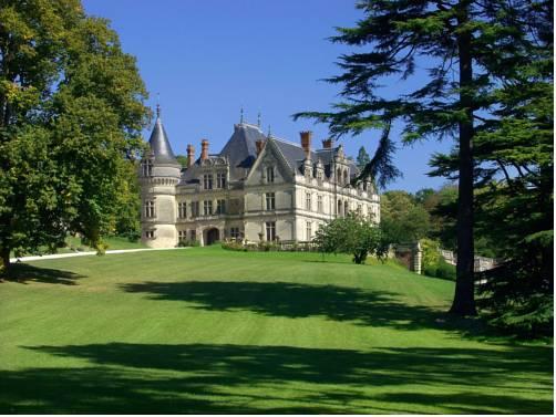 Château De La Bourdaisière : Hotel near Saint-Martin-le-Beau