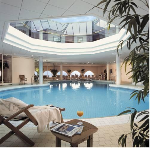 Domaine de Rochevilaine : Hotel near Billiers