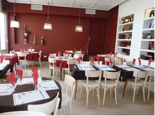 Hotel Restaurant Les Oceanides : Hotel near Concarneau