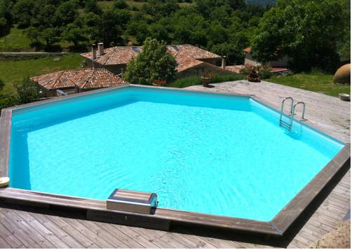 Le Trible : Bed and Breakfast near Albon-d'Ardèche
