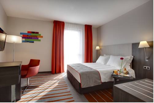 Park Inn by Radisson Lille Grand Stade : Hotel near Villeneuve-d'Ascq
