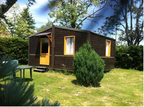 Domaine De Silvabelle : Guest accommodation near Coulanges-lès-Nevers