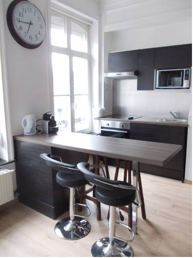 Nationale Appart Hotel : Apartment near Lille