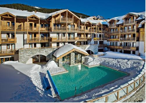 Résidence Club mmv Le Hameau des Airelles **** : Guest accommodation near Montgenèvre