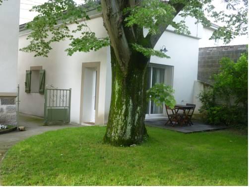Gîte du Tilleul : Guest accommodation near Vienne