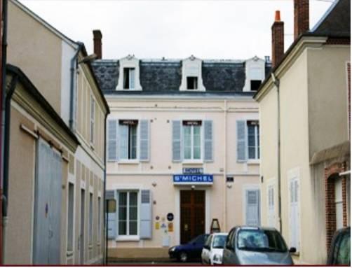 Citotel Hotel Saint Michel : Hotel near Eure-et-Loir