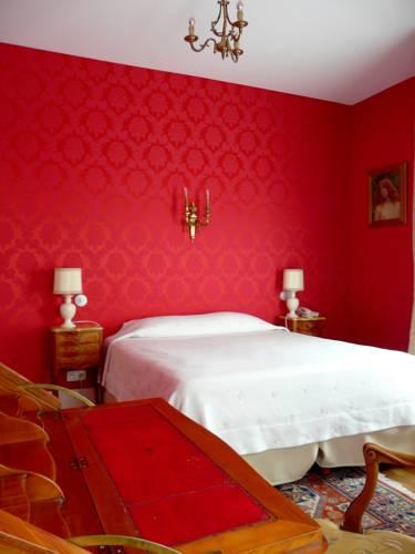 Hôtel de l'Abeille : Hotel near Orléans