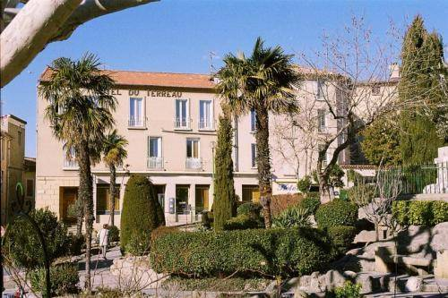 Logis Hôtel du Terreau : Hotel near Manosque