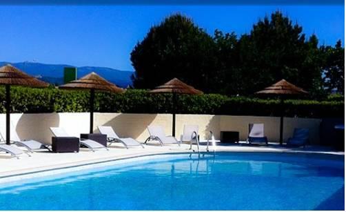 Logis La Grande Bastide : Hotel near Volx