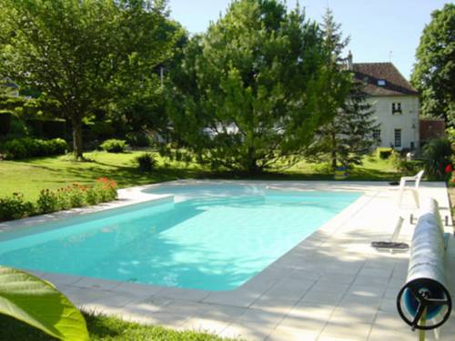Le Moulin Garnier : Bed and Breakfast near Vernou-sur-Brenne