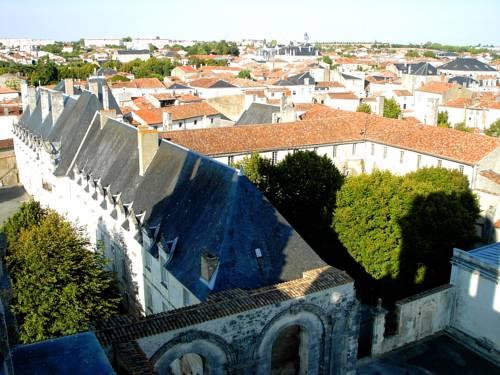 Abbaye Royale : Hotel near Charente-Maritime