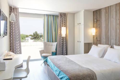 Hôtel de la Baie - Thalassothérapie PREVITHAL : Hotel near Anctoville-sur-Boscq