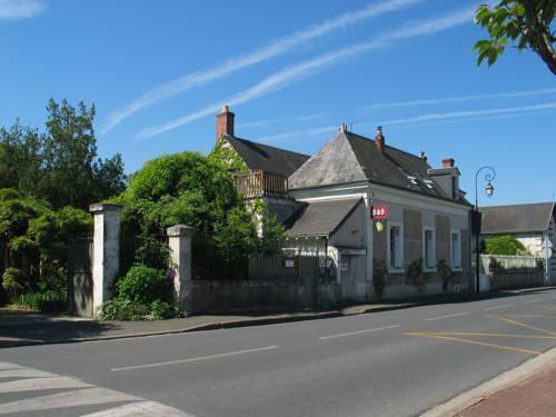 La Maison De Famille : Guest accommodation near Civray-de-Touraine