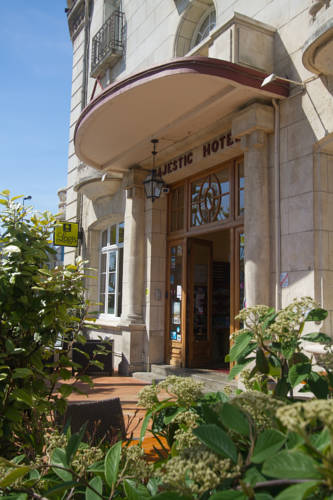 Hotel ile d 39 aix hotels near le d 39 aix 17123 france for Appart hotel rochefort