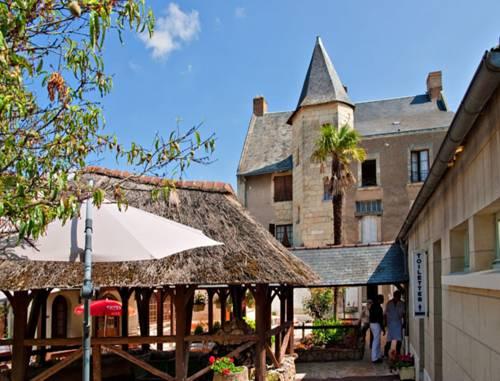 Splendid Hôtel : Hotel near Antoigné