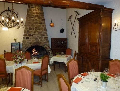La Sapinière : Hotel near La Moncelle