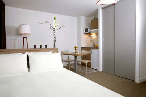 Appart'City Annemasse Centre : Guest accommodation near Reignier-Esery