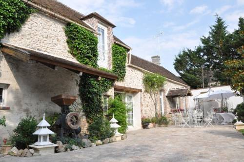 La Bergerie des Anges : Bed and Breakfast near Chaintreaux