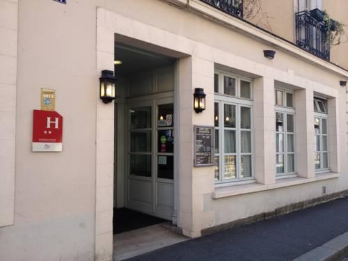 Hôtel Lanjuinais : Hotel near Rennes