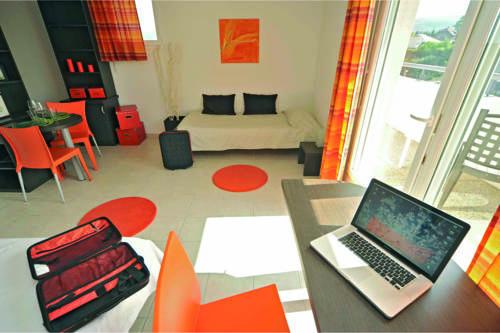 Appart'City Thonon les Bains (Ex Park&Suites) : Hotel near Haute-Savoie