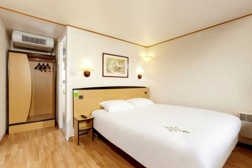 Campanile Hotel Montauban : Hotel near Montauban