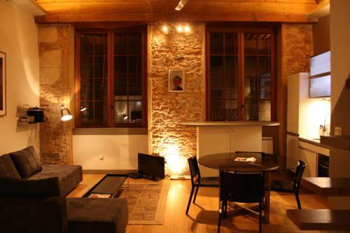 hotel lyon 1er arrondissement hotels near lyon 1er arrondissement 69001 france. Black Bedroom Furniture Sets. Home Design Ideas