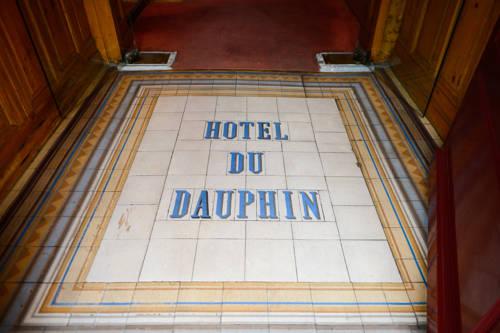 Hotel Du Dauphin : Hotel near La Ferté-Frênel