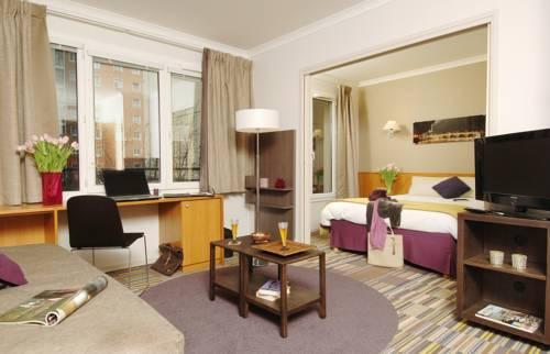Aparthotel Adagio Porte de Versailles : Guest accommodation near Issy-les-Moulineaux