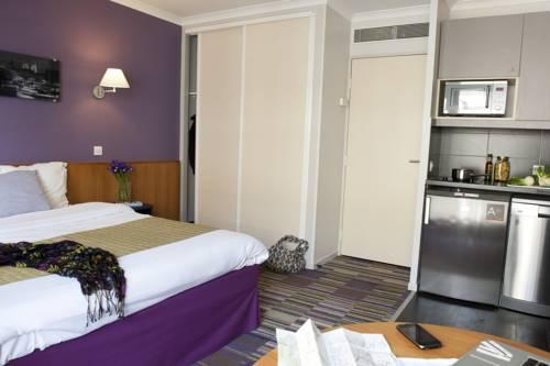 Issy les moulineaux map of issy les moulineaux 92130 france - Aparthotel adagio porte de versailles ...
