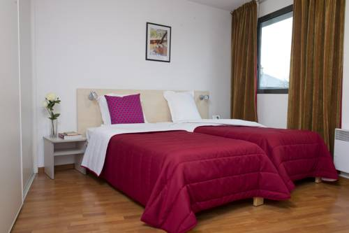 Aparthotel Adagio Access Rennes Centre : Guest accommodation near Rennes