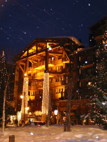 Madame Vacances Résidence Alpina Lodge : Guest accommodation near Val-d'Isère