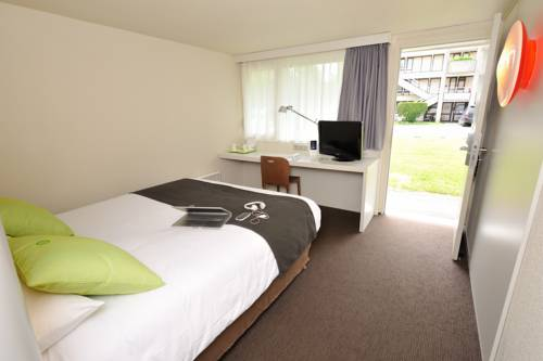 Campanile Saint Quentin : Hotel near Saint-Quentin