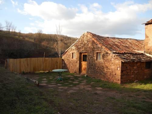 Chambre d'Hôtes et Gîte des Monts : Guest accommodation near Pousthomy