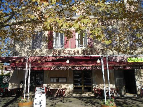 Hôtel du Château : Hotel near Le Mayet-d'École