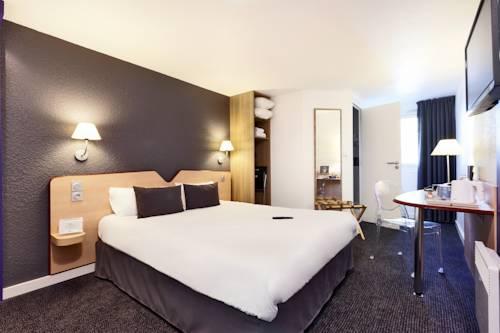 Kyriad Hotel Laval : Hotel near Laval