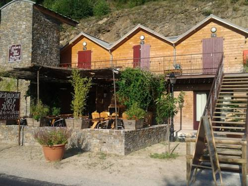 L'Arbre à Pain : Hotel near Sainte-Marguerite-Lafigère