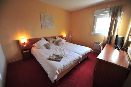 Hotel Ambotel : Hotel near Nivollet-Montgriffon