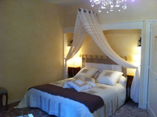 Le Clos de La Muse : Bed and Breakfast near Javerdat