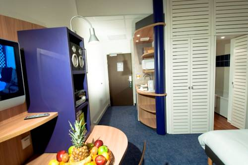 Suite-Home : Guest accommodation near Orléans