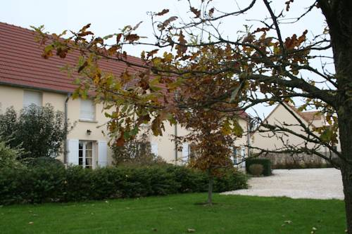 La Croix de la Jarrie : Guest accommodation near Andrezel