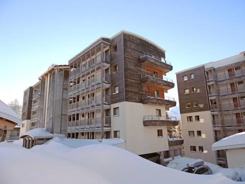 Résidence L'Ecrin des Neiges : Guest accommodation near Saint-Barthélemy-de-Séchilienne