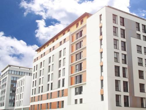 Séjours & Affaires Angers Atrium : Guest accommodation near Avrillé
