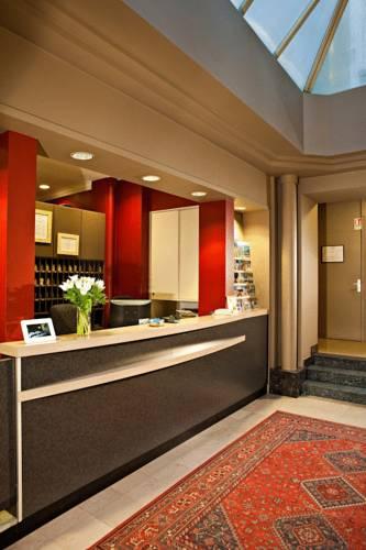 Bristol : Hotel near Avignon