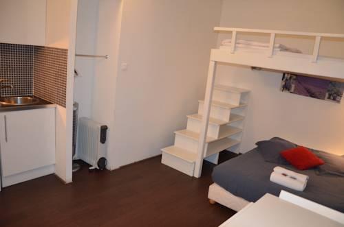 Sweet Home Studio Chopin - Parc des Expositions : Apartment near Châtillon