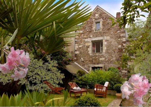 Le Logis des Mariniers : Bed and Breakfast near Saint-Aubin-de-Luigné