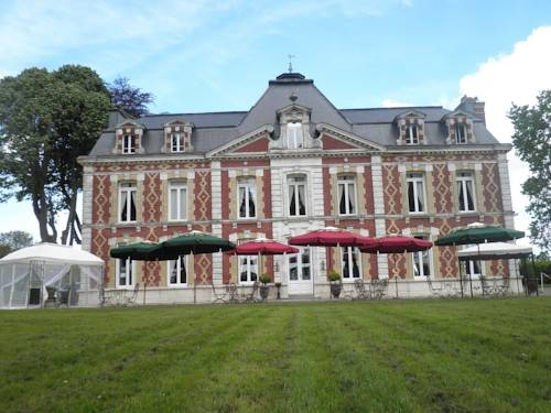 Chateau Des Saveurs : Guest accommodation near Saint-Martin-du-Manoir