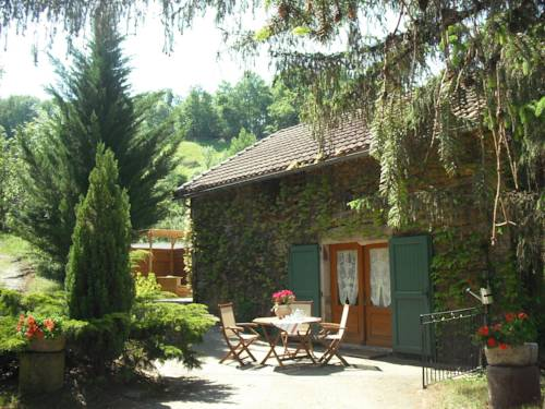 Gîte La Grange du Rieu : Guest accommodation near Pousthomy